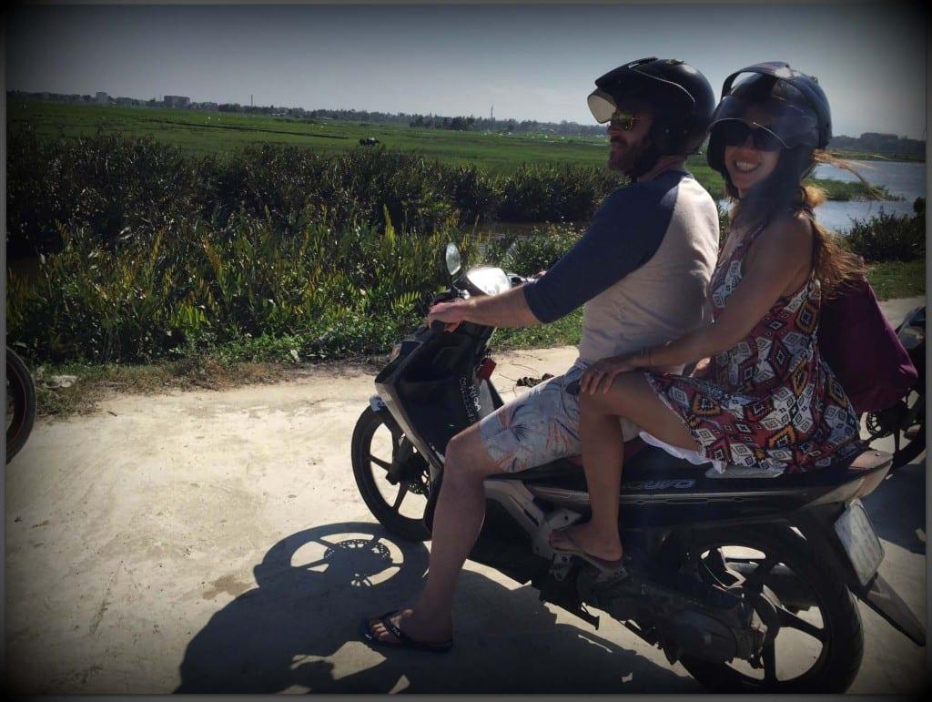 scooter hoi an vietnam