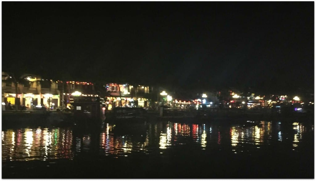 old town hoi an lake night