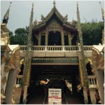 A Day in Chiang Mai, Thailand: Temples and Waterfalls